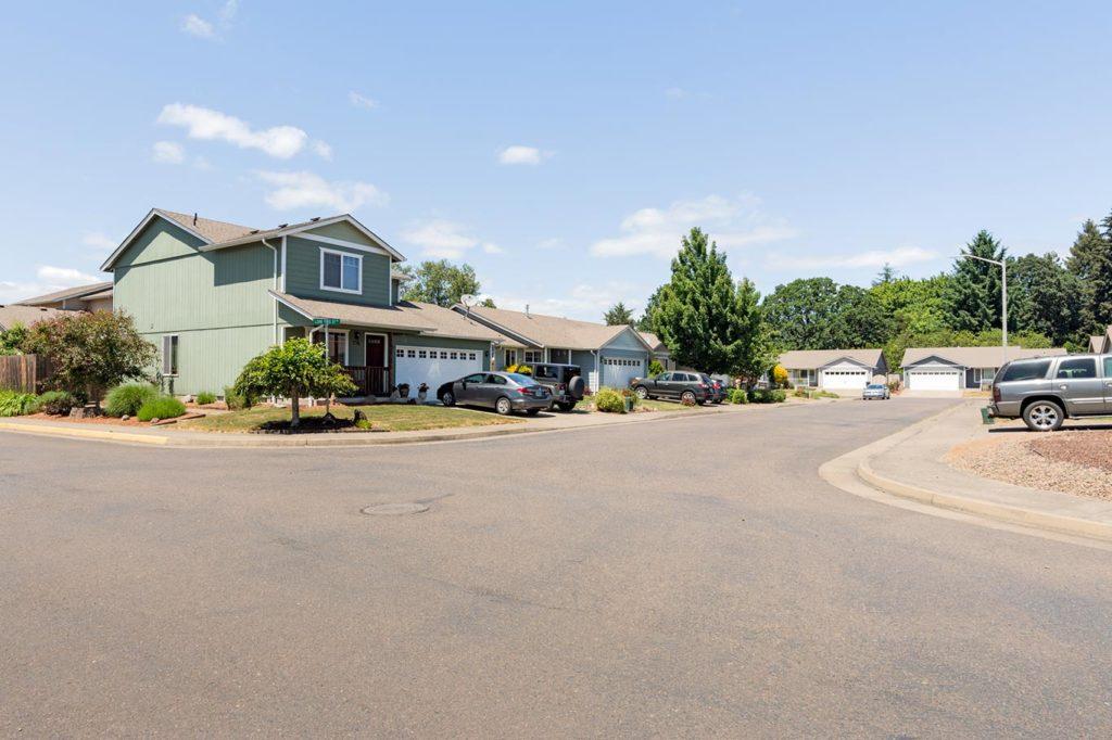 Hickory Hills, Benton County, Albany Oregon
